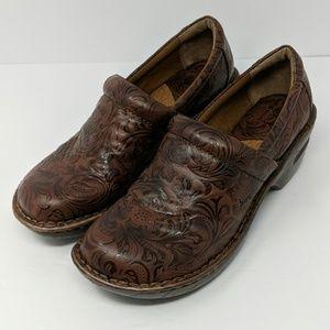 Born BOC Brown Clogs Mules Size 9.5